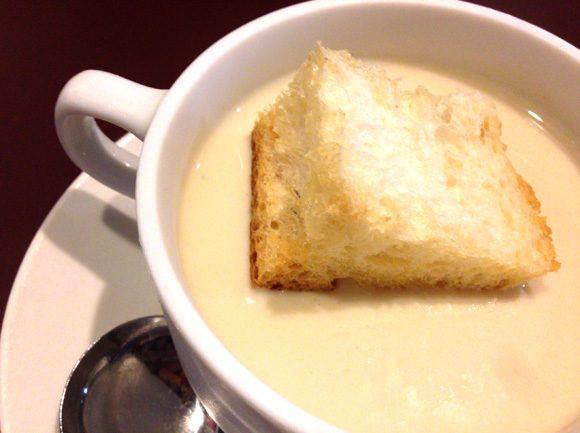 ビストロ フルフルの焼きなすの冷製スープ
