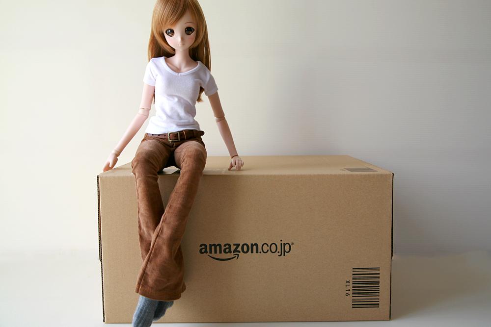 amazonから届いたドールバッグの箱