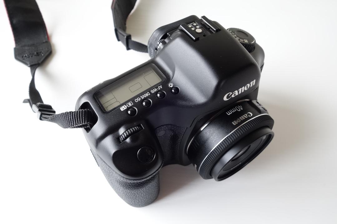 キャノン EF40mm F2.8 STM 5D