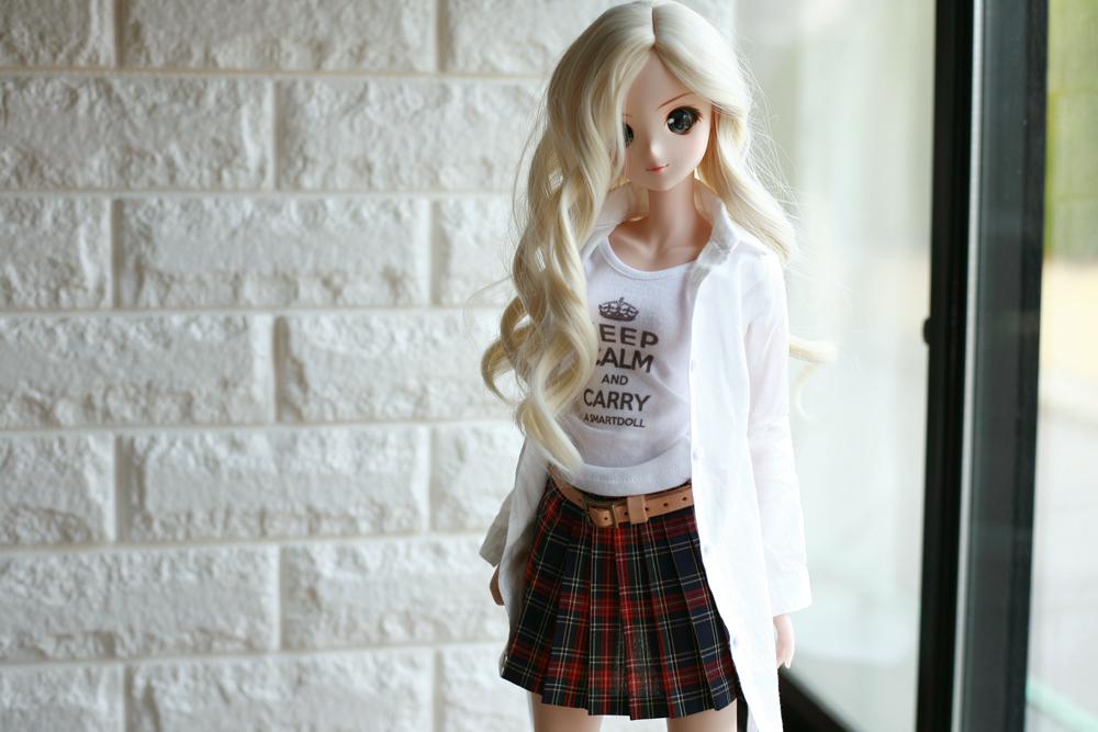スマートドール メロディーちゃんのロングシャツ×プリーツスカートスタイル